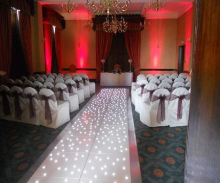wedding asile runner dancefloor