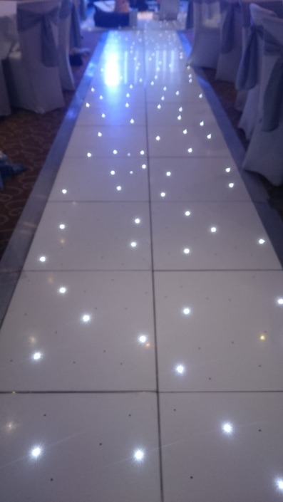 brookfields hotel emsworth led twinkle aisle runner 1 e1489928718345