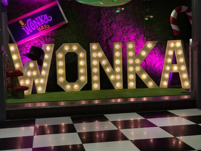skylarks light up individual letter hire w o n k a wonka black and white dancefloor