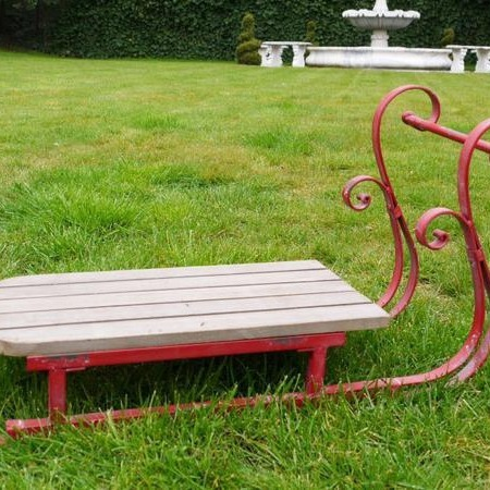 Rustic Red Sleigh Prop